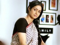 Video thumbnail for youtube video English Vinglish Trailer - Teaser - Video - Bollywood //