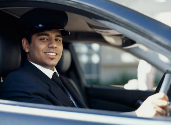 indischer Chauffeur
