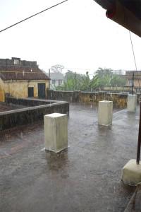 erster Monsunregen
